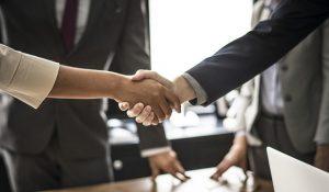 Communication parfaite au sein de l'entreprise pour traiter avec des personnes dificiles