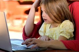 Comment trouver une offre baby sitting à domicile ?